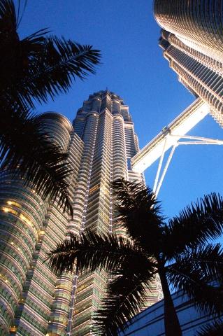 PICT0010_PetronasTowers.jpg
